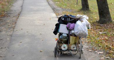 caritas sulla povertà